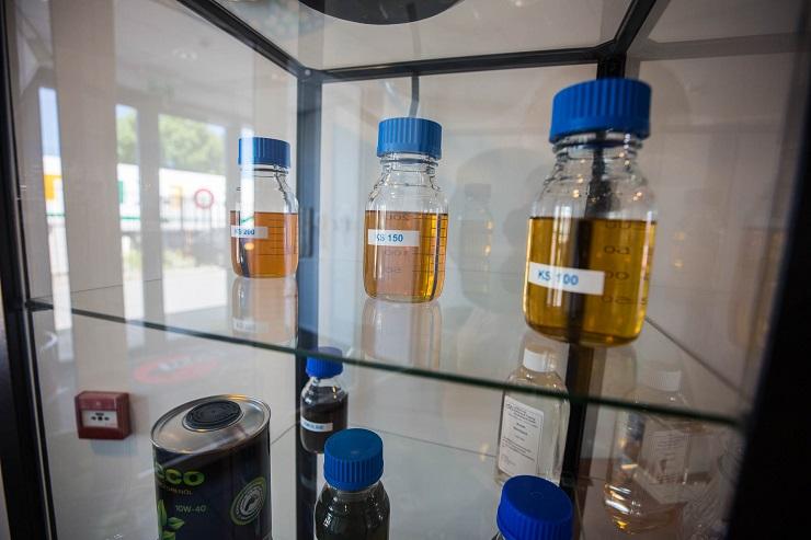 Oude koelvloeistof afvoeren - afvoeren koelvloeistof